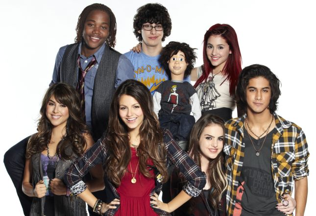 selena gomez and demi lovato and miley cyrus and jonas brothers. Selena Gomez, Demi Lovato,